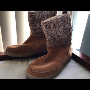 TOMS Nepal Cognac Suede and Kinit Boots